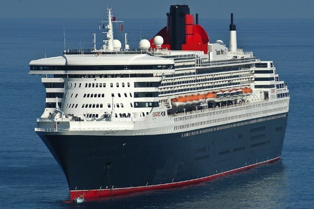Royal Treatment Creating A New Look For The Queen Mary 2