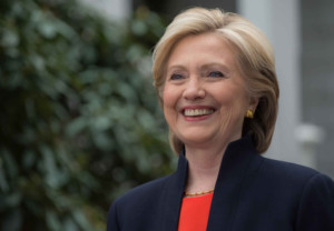 hillary-clinton-campaign-reuseok-hrc-bg-929x523